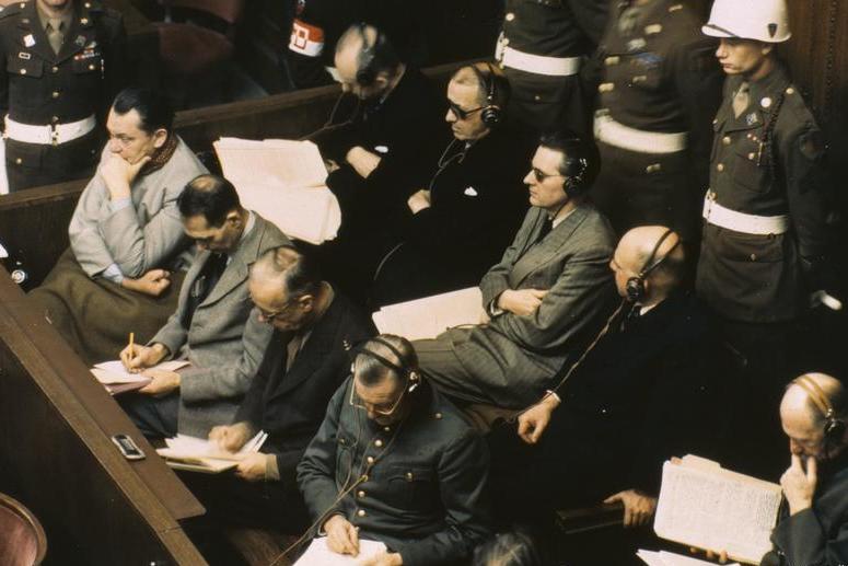 Нюрнбергский процесс - «Суд истории», опровергнувший средневековый принцип «Короли подсудны только Богу»